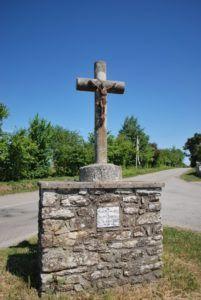 photo page Croix de la route de Bieuzy-Lanvaux