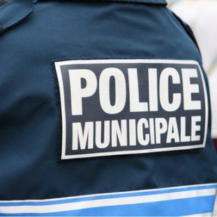 http://www.pluvigner.fr/data/default/contacts/police-municipale.jpg